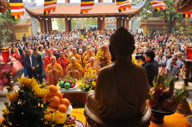 Lễ thượng lương Đại Hùng Bảo Điện và đúc đại hồng chung chùa Bằng
