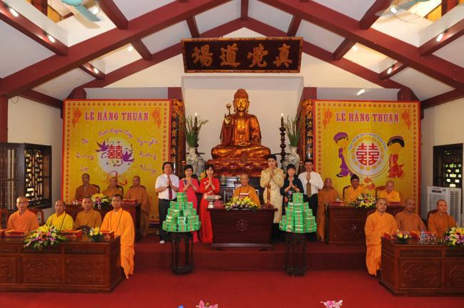 Lễ hằng thuận tại chùa Bằng